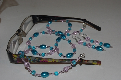 Mama Bears One Of A Kind Eye Glass Holder & Earring Sets