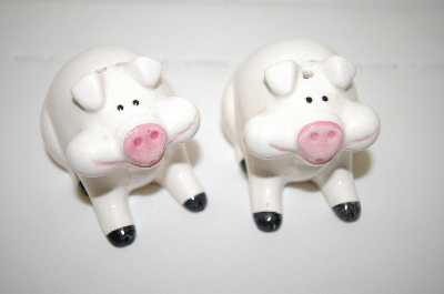 RGD 1984 White Pig Salt & Pepper Shakers