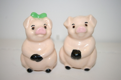 Vintage Boy & Girl Pig Salt & Pepper Shakers