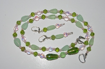 "MBA #B4-3018  ""Green Glass & Crystal Bead Necklace & Matching Earring Set"""